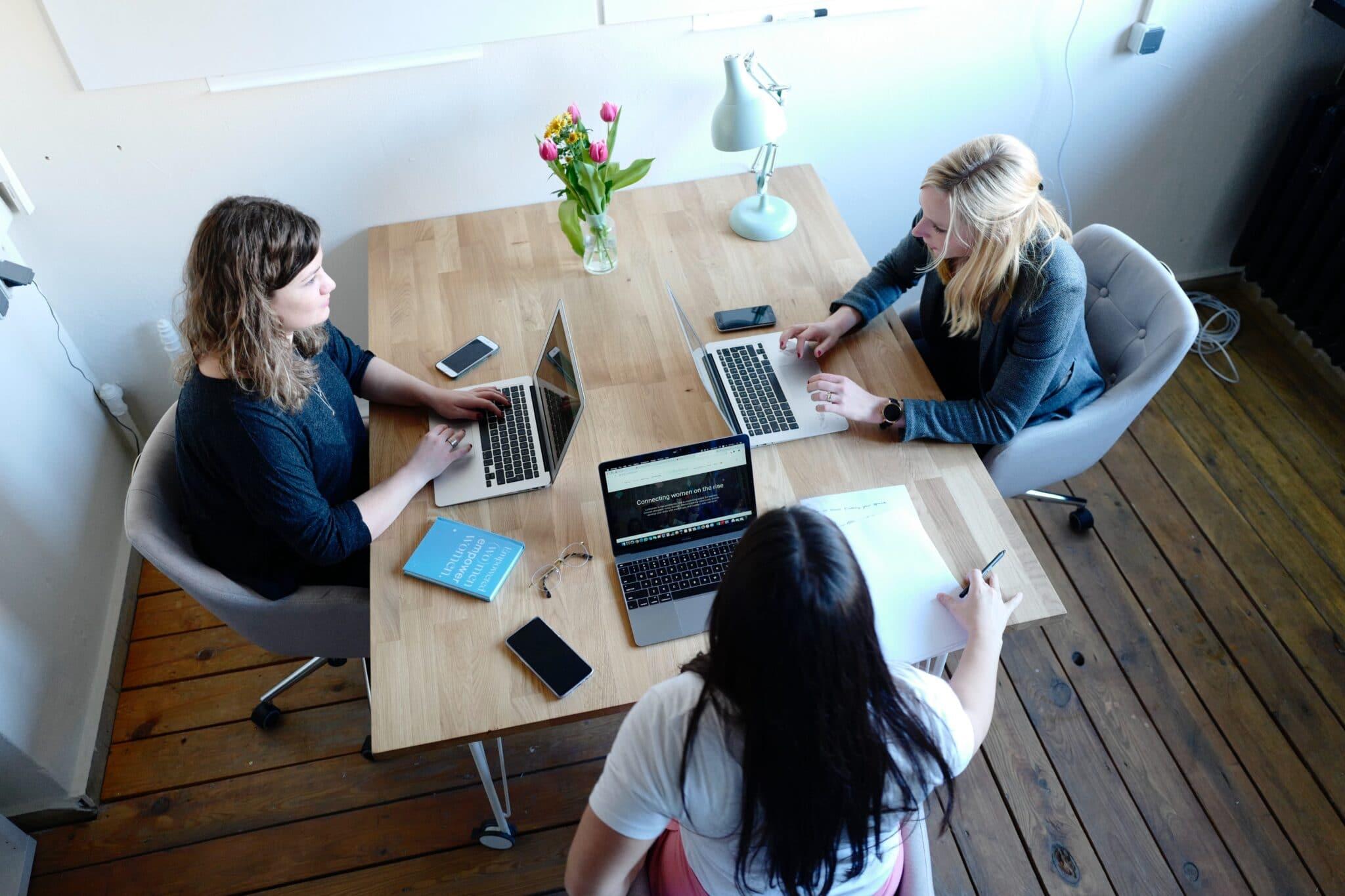 women using recruiting software