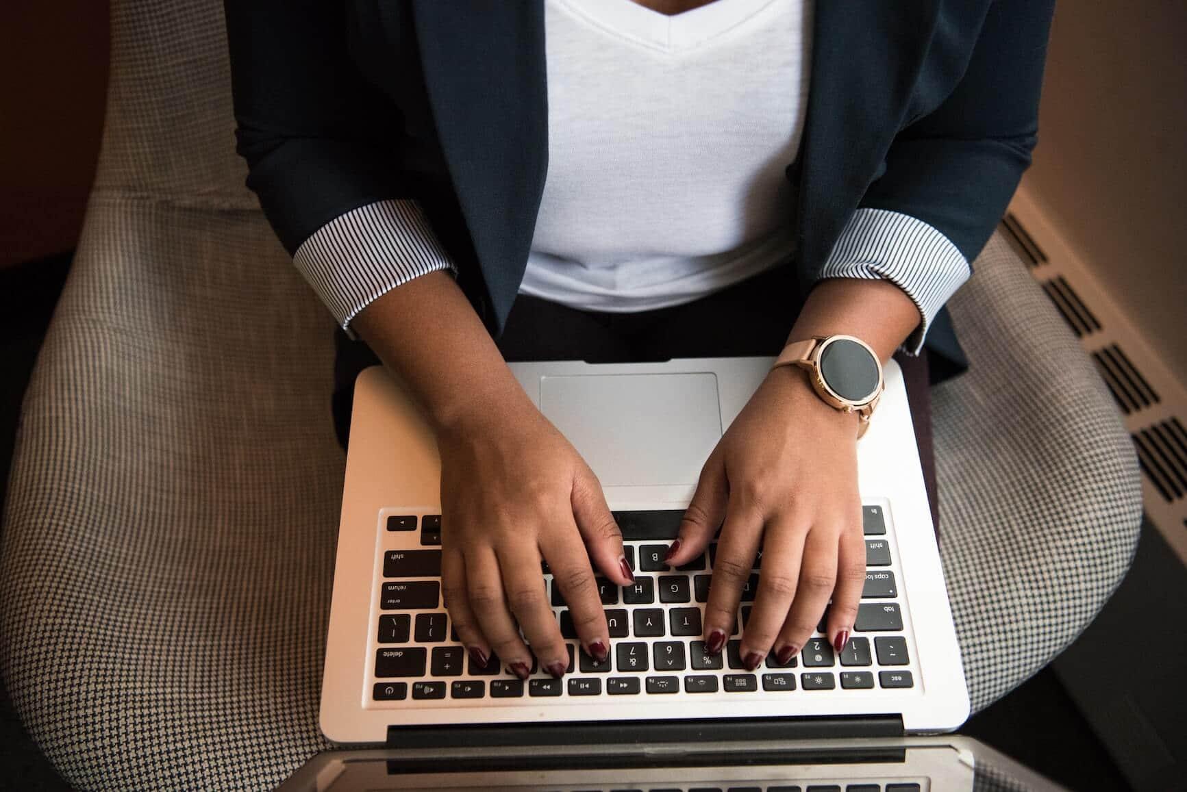 worker typing
